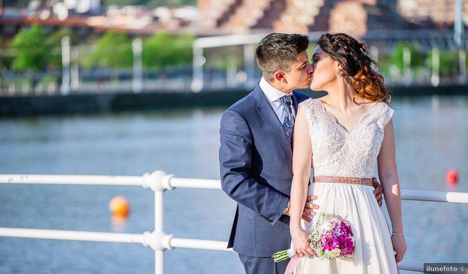 La boda de Javi y Esti en Bilbao, Vizcaya