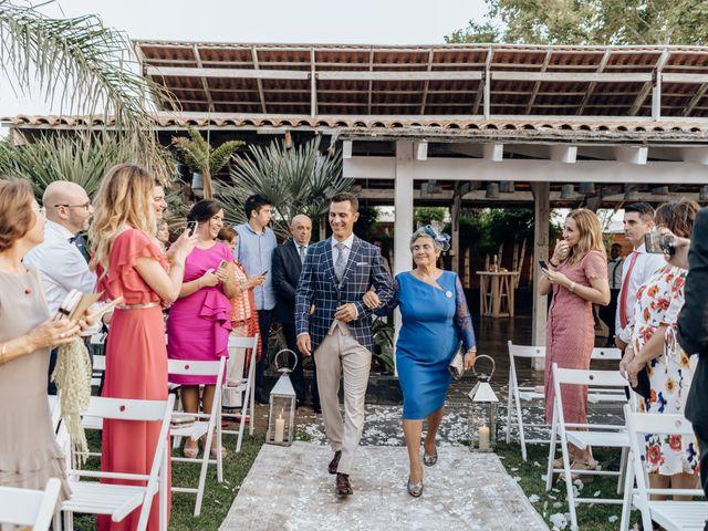 La boda de Miguel y Bélen en Torre Del Mar, Málaga 24
