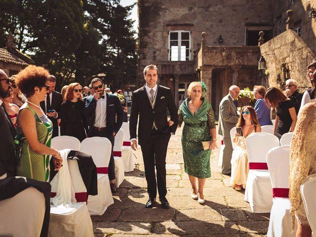 La boda de Carlos y Pollyanny en Vilaboa (Rutis), A Coruña 19