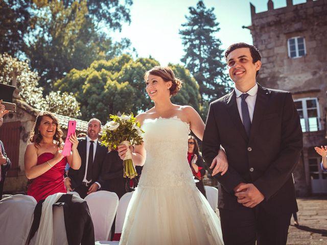 La boda de Carlos y Pollyanny en Vilaboa (Rutis), A Coruña 21