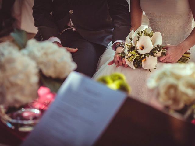 La boda de Carlos y Pollyanny en Vilaboa (Rutis), A Coruña 22