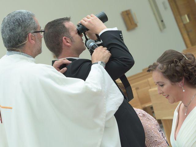 La boda de David y Vanesa en Oviedo, Asturias 14