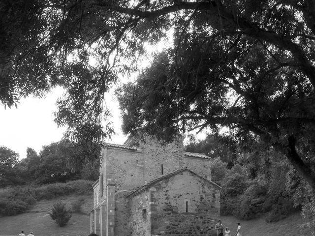 La boda de David y Vanesa en Oviedo, Asturias 22
