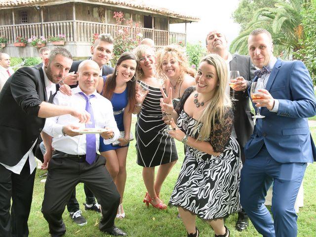 La boda de David y Vanesa en Oviedo, Asturias 31
