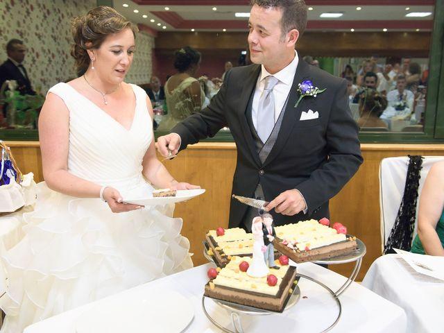 La boda de David y Vanesa en Oviedo, Asturias 43