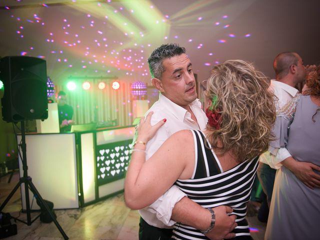 La boda de David y Vanesa en Oviedo, Asturias 45