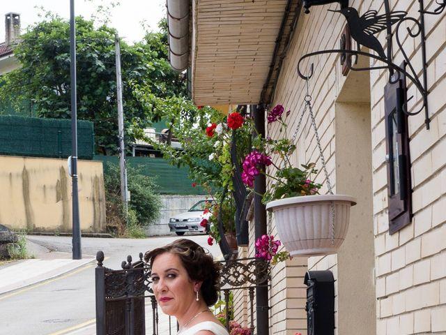 La boda de David y Vanesa en Oviedo, Asturias 9
