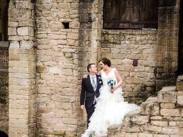 La boda de David y Vanesa en Oviedo, Asturias 24