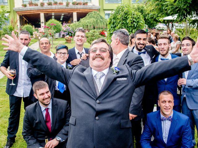 La boda de David y Vanesa en Oviedo, Asturias 37