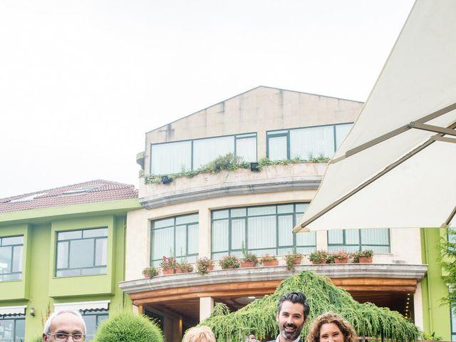 La boda de David y Vanesa en Oviedo, Asturias 34