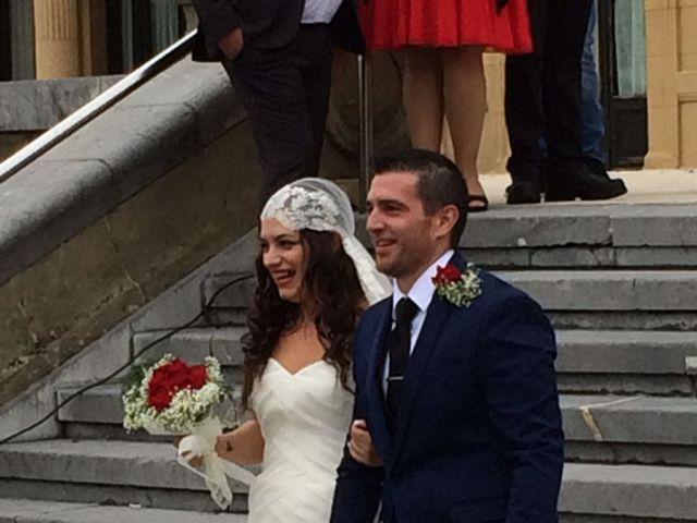 La boda de Mikel y Ana  en Donostia-San Sebastián, Guipúzcoa 16