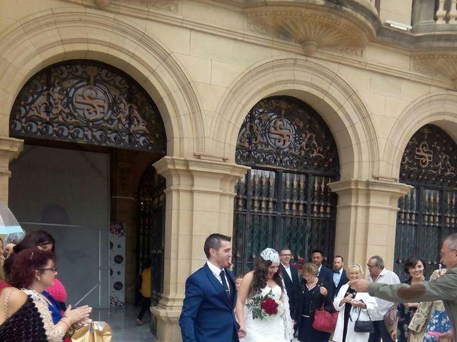 La boda de Mikel y Ana  en Donostia-San Sebastián, Guipúzcoa 17