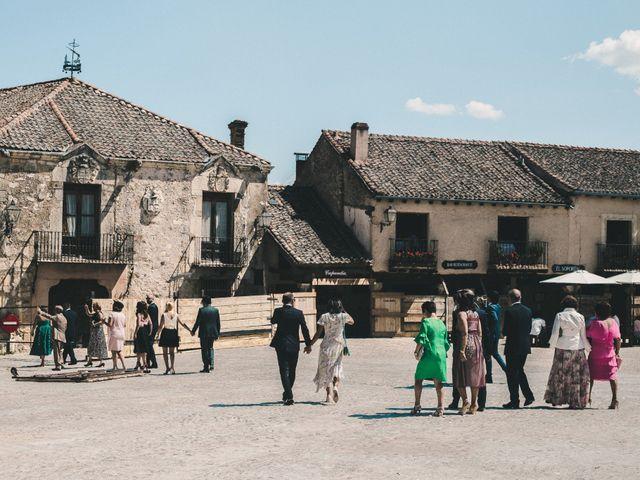 La boda de Tato y Vicky en Pedraza, Segovia 26