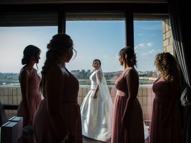 La boda de Juanjo y Elena en Badajoz, Badajoz 35
