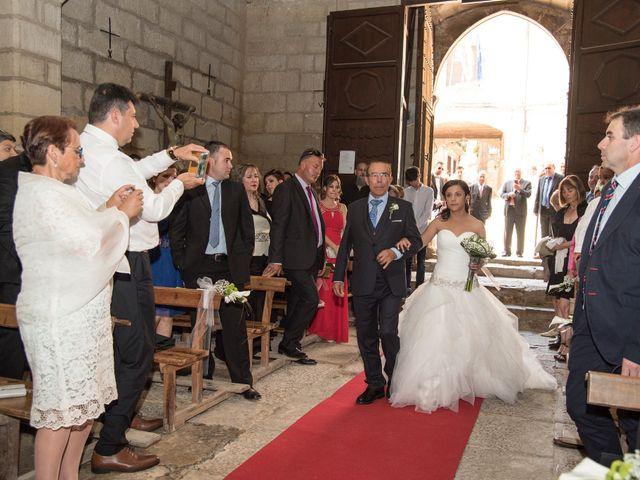 La boda de Adrián y Andrea en Teruel, Teruel 13