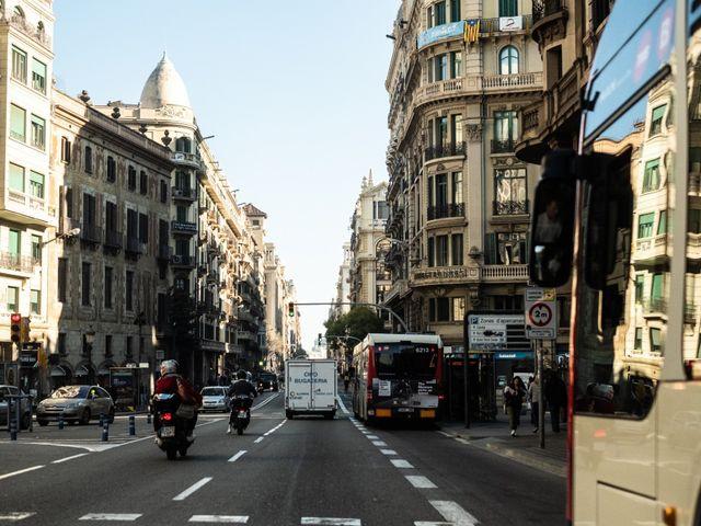 La boda de Lupe y Pepo en Barcelona, Barcelona 27
