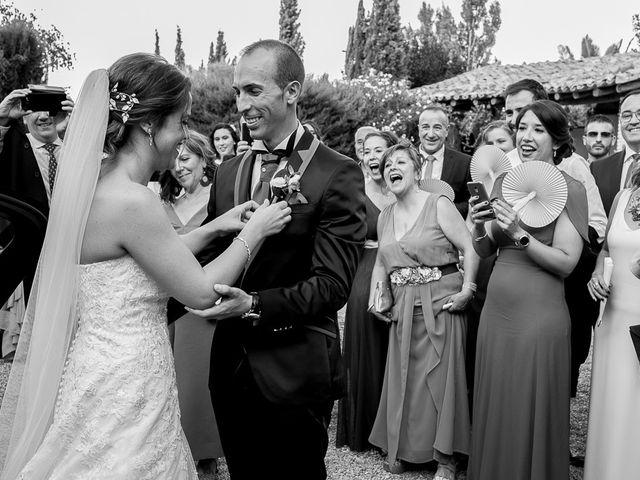 La boda de Vicente y Rebeca en San Juan Mozarrifar, Zaragoza 9