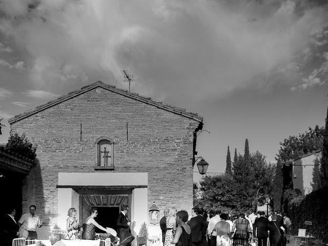 La boda de Vicente y Rebeca en San Juan Mozarrifar, Zaragoza 11