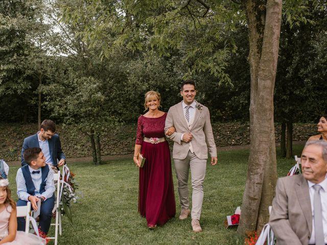 La boda de Marc y Clàudia en Olot, Girona 25