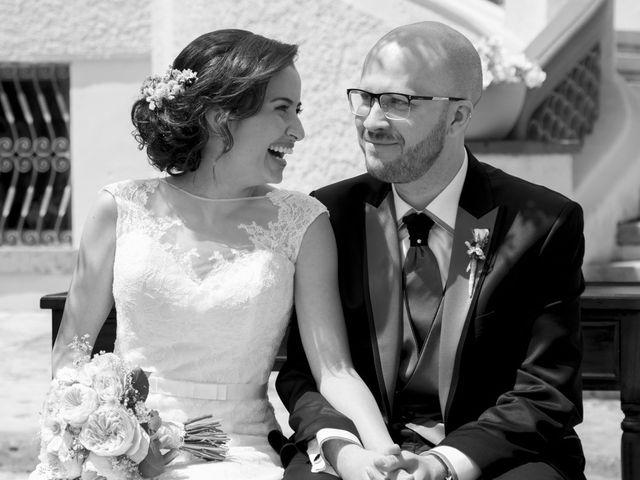 La boda de Guillermo y Sara en Castelló/castellón De La Plana, Castellón 15