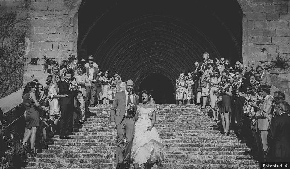 La boda de Rob y Elena en Horta De Sant Joan, Tarragona