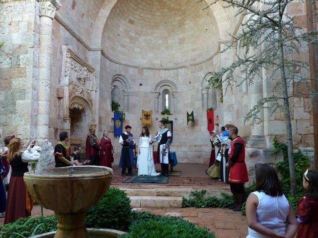 La boda de Javi y Almudena en Ayllon, Segovia 4