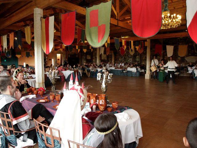 La boda de Javi y Almudena en Ayllon, Segovia 17