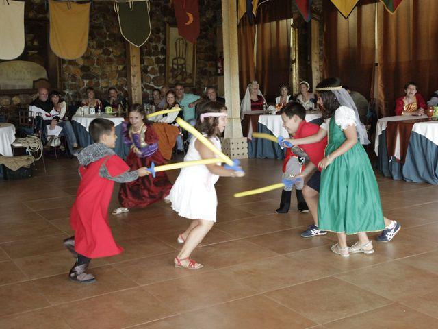 La boda de Javi y Almudena en Ayllon, Segovia 24