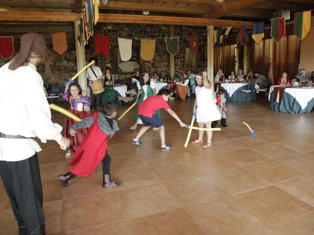 La boda de Javi y Almudena en Ayllon, Segovia 25