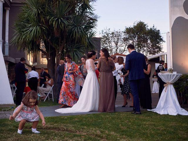 La boda de Javier y Alejandra en Santander, Cantabria 41