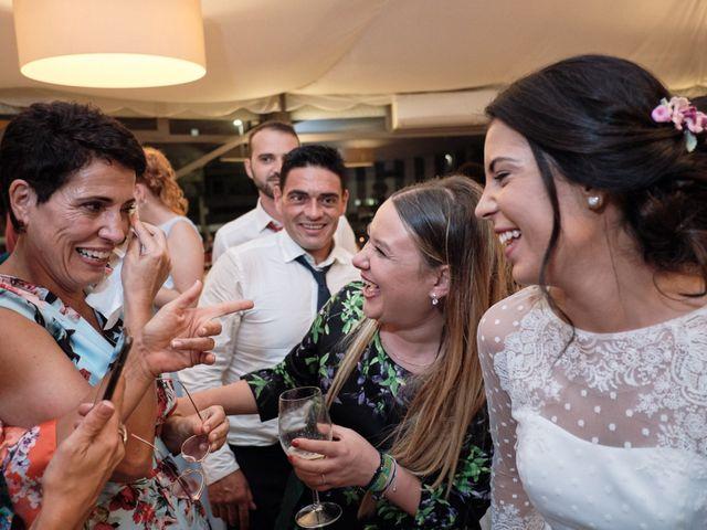 La boda de Javier y Alejandra en Santander, Cantabria 44