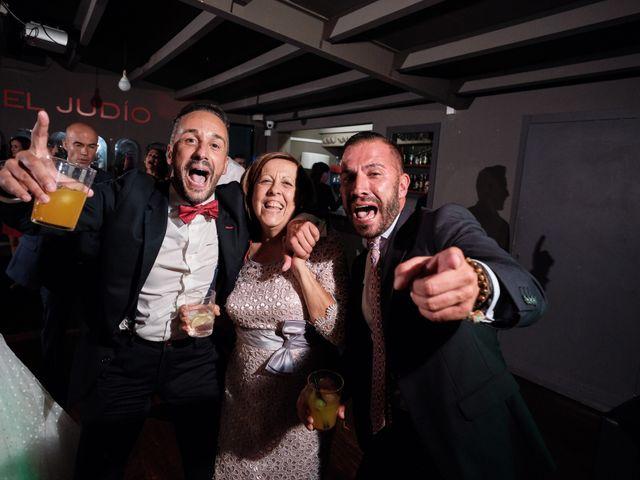 La boda de Javier y Alejandra en Santander, Cantabria 51