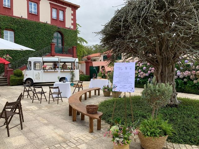 La boda de Diego y Cristina  en Oleiros, A Coruña 3