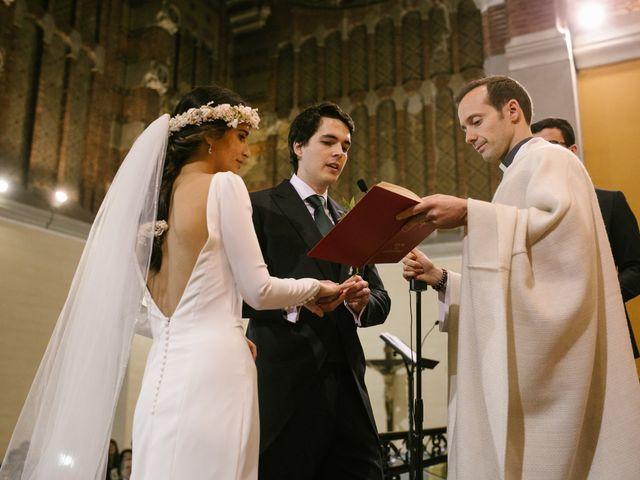 La boda de Yago y Helena en Barcelona, Barcelona 50