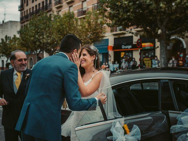 La boda de Ana y Miguel en Ejea De Los Caballeros, Zaragoza 28