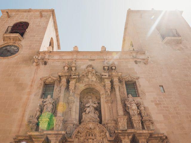 La boda de Andrea y Sara en Alacant/alicante, Alicante 20