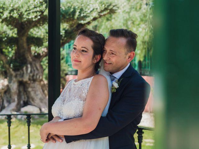 La boda de Andrea y Sara en Alacant/alicante, Alicante 36