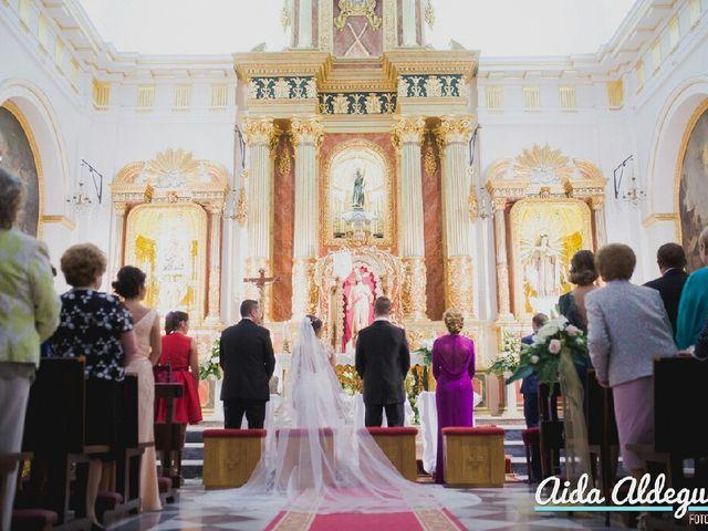 La boda de Jesús y Estefanía en Almoradí, Alicante 4