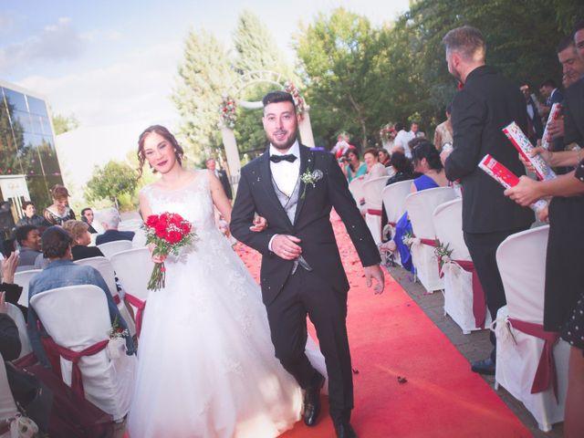 La boda de Sergio y Ainhoa en Carracedelo, León 20