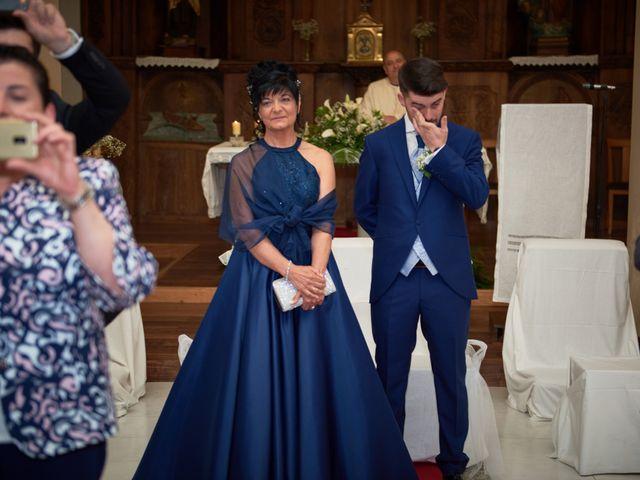 La boda de Alejandro y Lucía en Luces, Asturias 23
