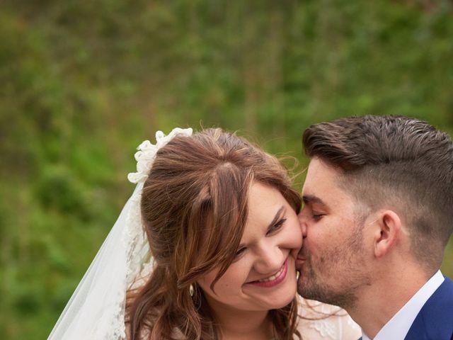 La boda de Alejandro y Lucía en Luces, Asturias 42