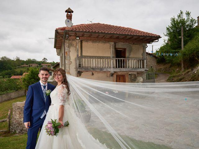 La boda de Alejandro y Lucía en Luces, Asturias 43
