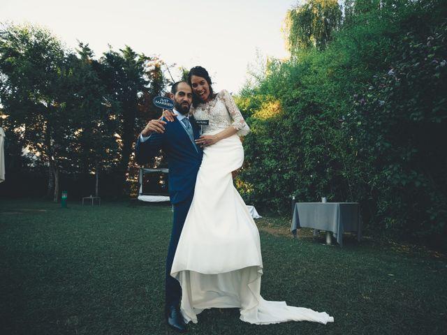La boda de Joel y Dhanne en Hondarribia, Guipúzcoa 25