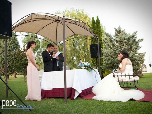 La boda de Javi y Laura en Navarrete, La Rioja 25