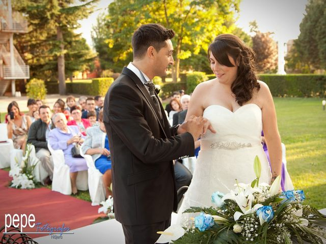 La boda de Javi y Laura en Navarrete, La Rioja 27