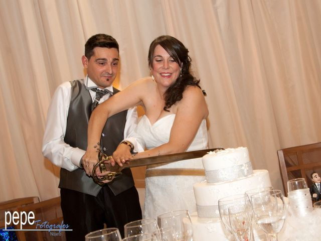 La boda de Javi y Laura en Navarrete, La Rioja 42