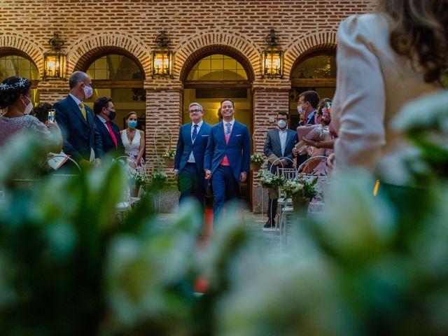 La boda de Fernando y Alejandro en Boadilla Del Monte, Madrid 31