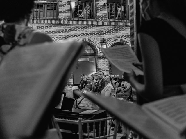 La boda de Fernando y Alejandro en Boadilla Del Monte, Madrid 35