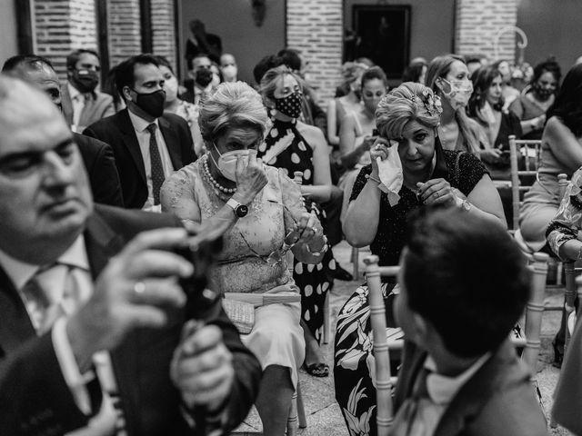 La boda de Fernando y Alejandro en Boadilla Del Monte, Madrid 40
