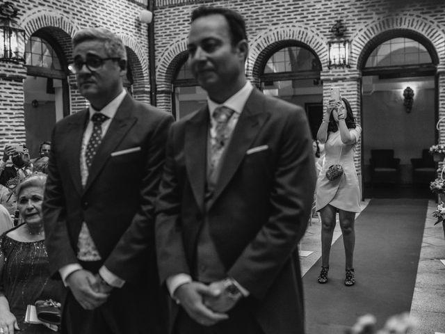 La boda de Fernando y Alejandro en Boadilla Del Monte, Madrid 42